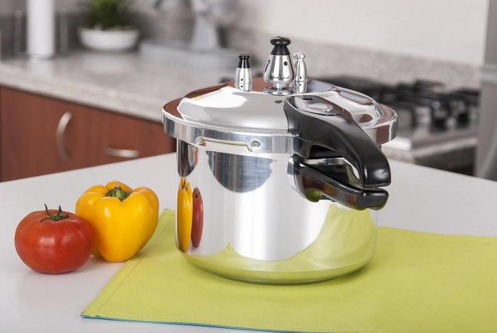【圧力鍋】おすすめ圧力鍋30選:本格レシピもサクッと作れる