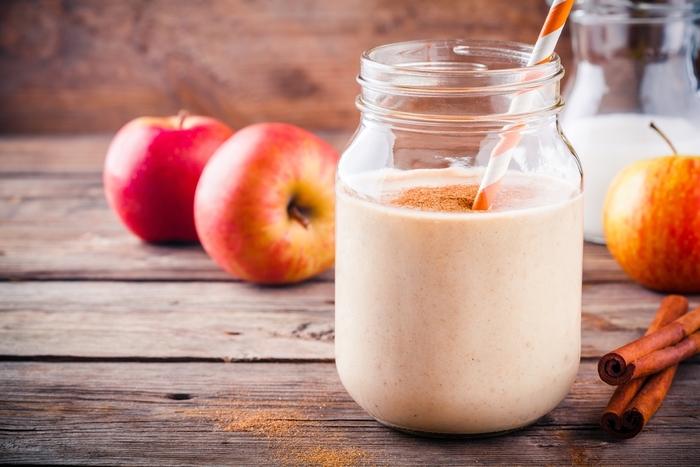 美肌の味方!人気のりんごスムージーレシピ14選